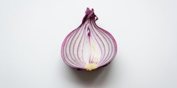 How Does Onion Benefit You For Hair Regrowth
