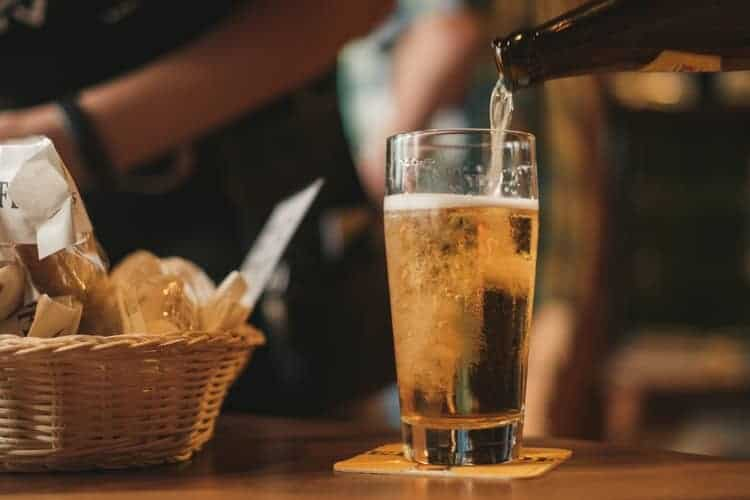 beer1 - 10 Easy Weight Loss Tips for Lazy Girls
