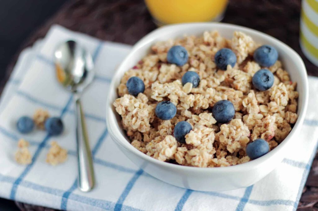 Food Swaps to Help You Lose Weight- Cereals For Granola