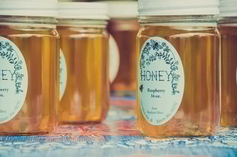 Get Rid Of Dry Skin On Face Using Honey