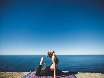 Bikram Yoga Poses And Its Benefits